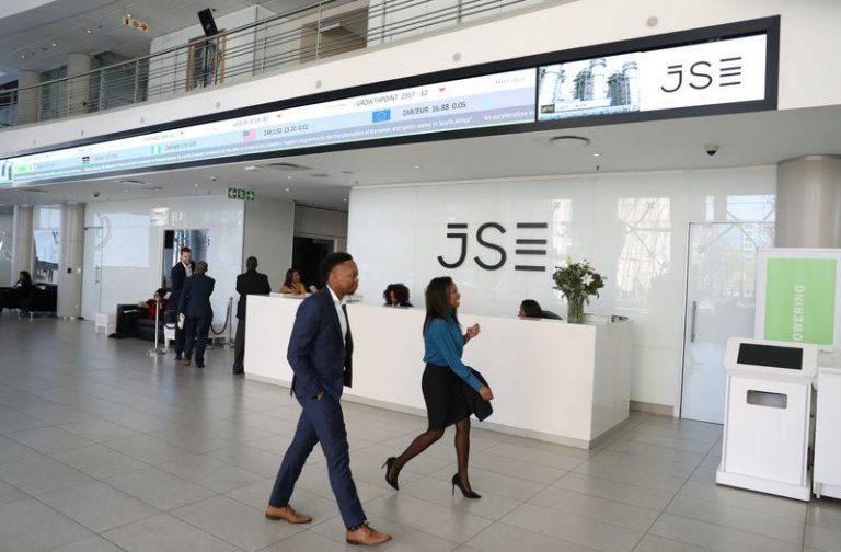 SA's rand flat, stocks subdued in thin holiday trade