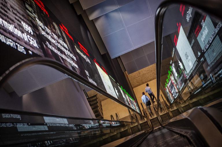 Global Stocks fall further after Trump's China tariff threat