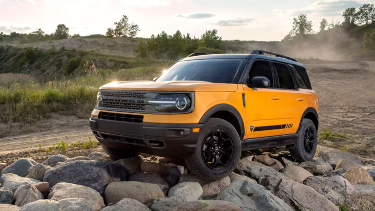 Ford delays  Bronco SUV launch to summer 2021 due to Covid-related issues