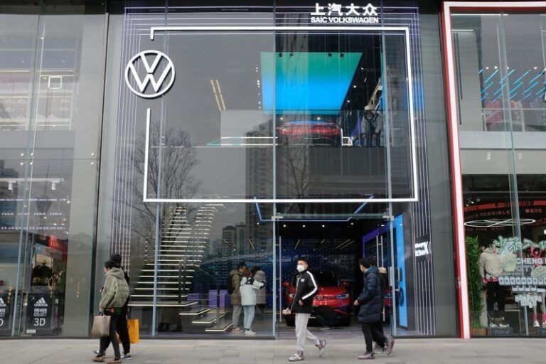 Volkswagen cuts production further over semiconductor shortage