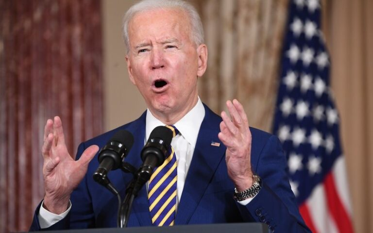 Biden says U.S. will never recognise Crimea's reunification with Russia