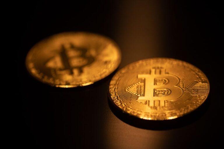 Bitcoin rises as Visa moves to approve crypto USD Coin