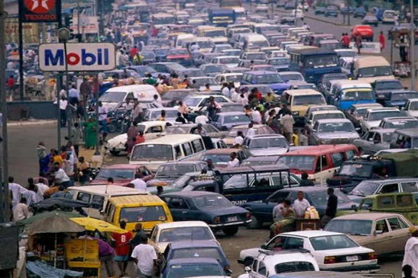 Petrol queues resurface in Abuja over fear of price hike